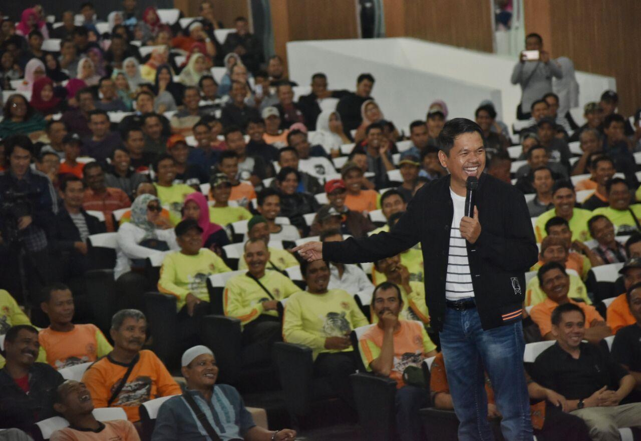 Masa Jabatan Berakhir, Dedi Mulyadi Pamit Kepada Ribuan THL dan PTT