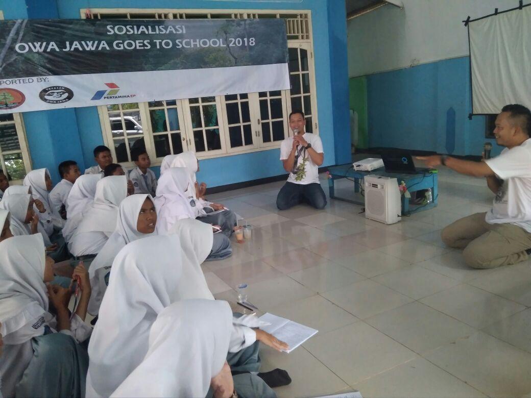 Pertamina EP Bersama Yayasan Owa Jawa Edukasi ke 4 Sekolah di Karawang