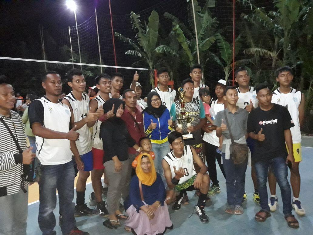 Indriyani Pererat Silaturahmi Melalui Turnamen Volley