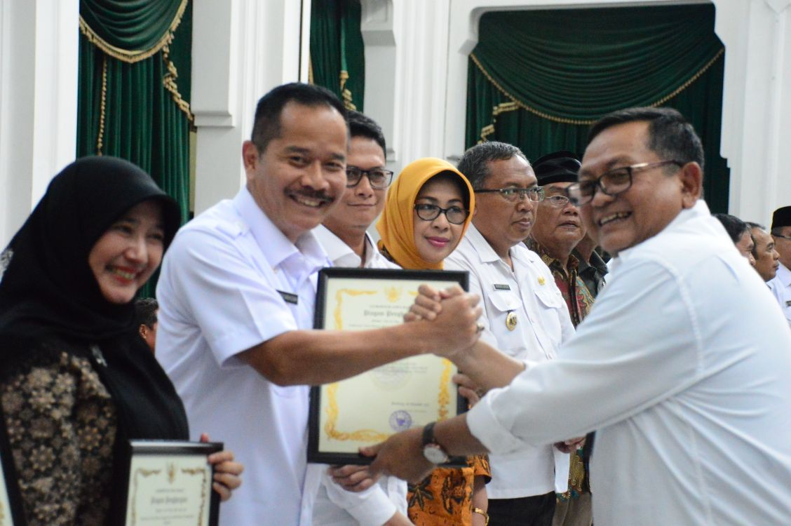Kota Bekasi Raih Kota Sehat Swasti Saba Wiwerda Tahun 2017