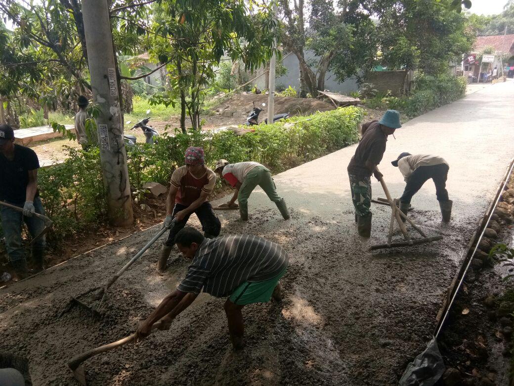 Desa Cipinang Butuh Anggaran Pengerjaan Jalan 211 Meter