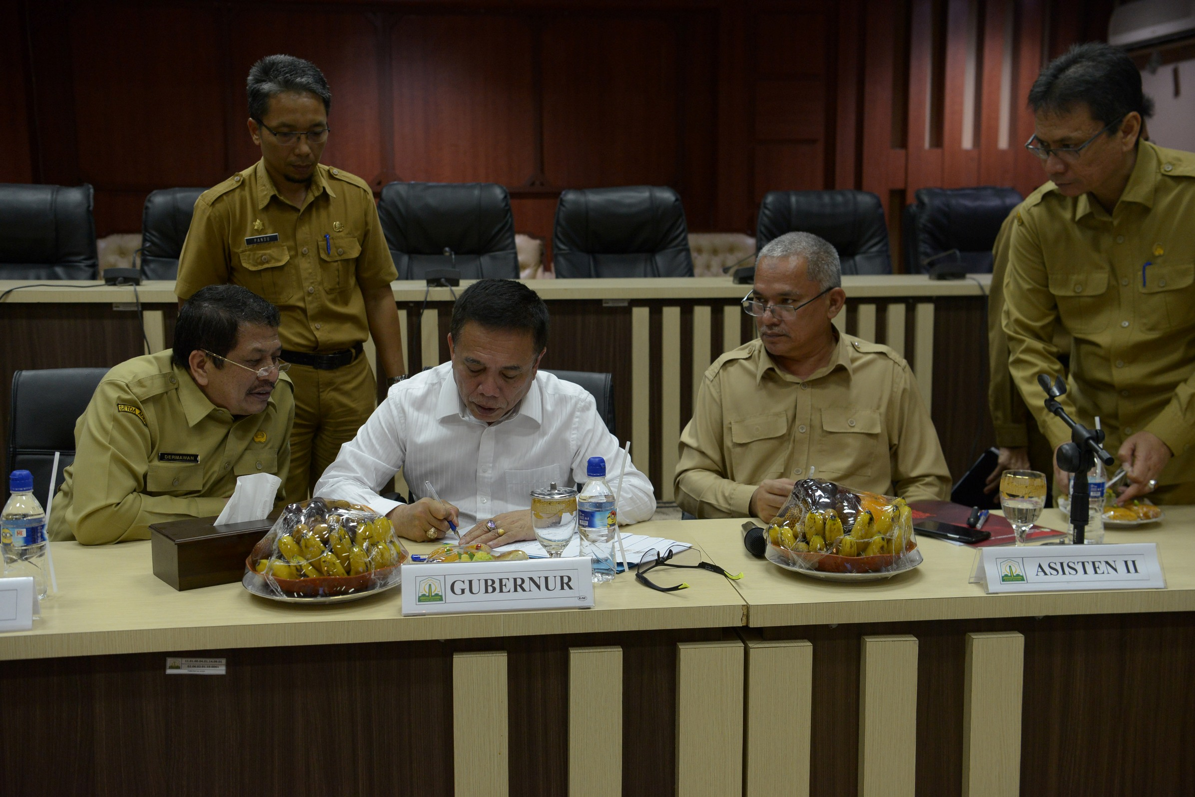Gubernur Aceh Minta Dokumen Tender Disiapkan Secepatnya