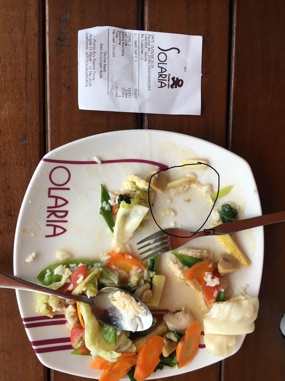 Nemu Belatung Saat Makan di Solaria, Pengunjung Resinda Park Mall Kecewa
