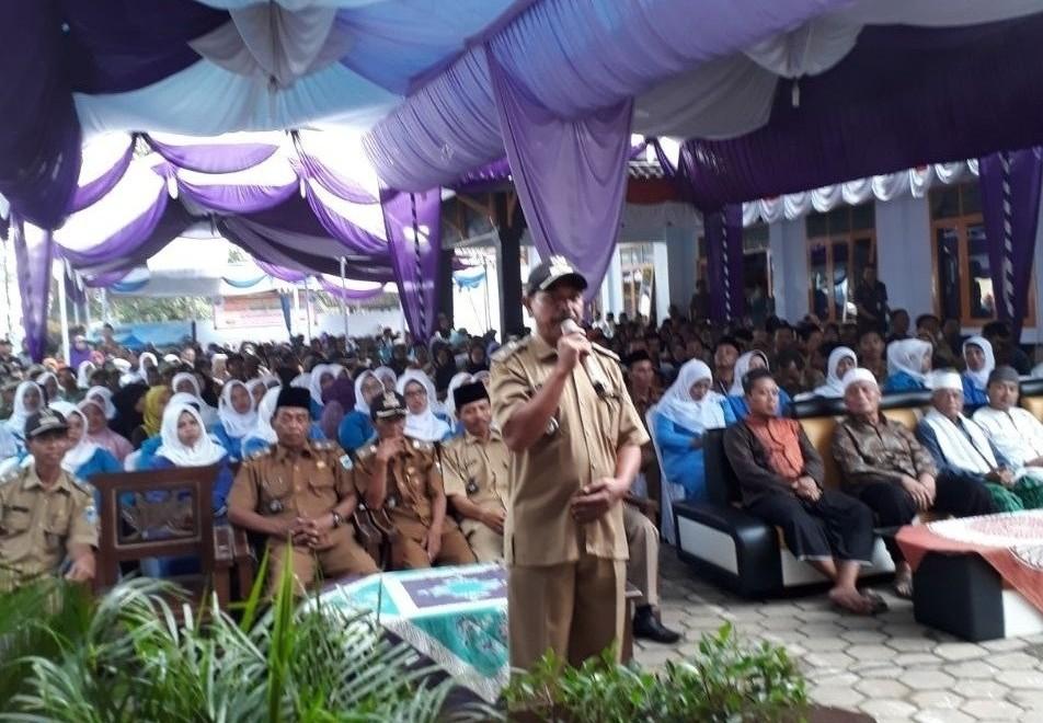 Bupati dan DPRD Pandeglang Safari Ramadhan Sambil Monitoring Infrastruktur