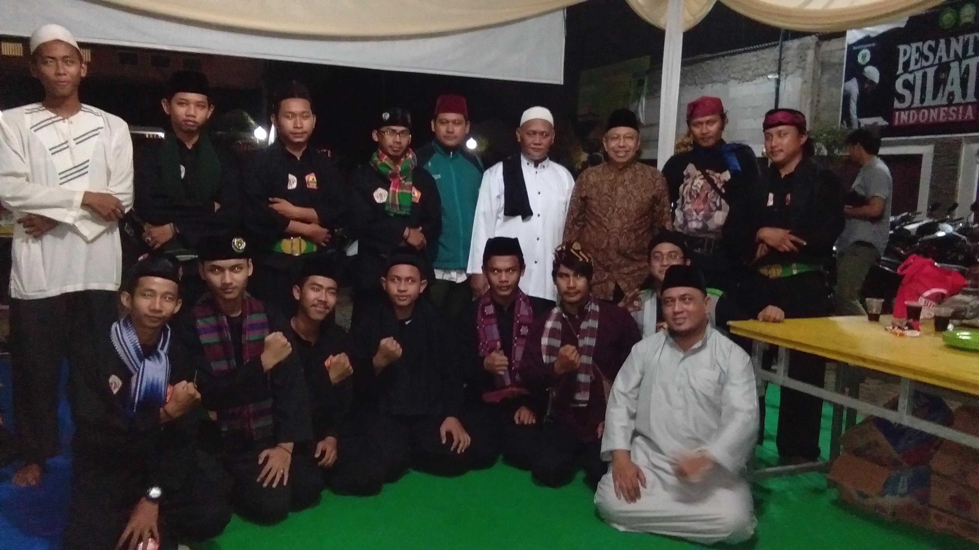 Ratusan Jawara Bekasi Ikuti Pesantren SILAT Ramadhan