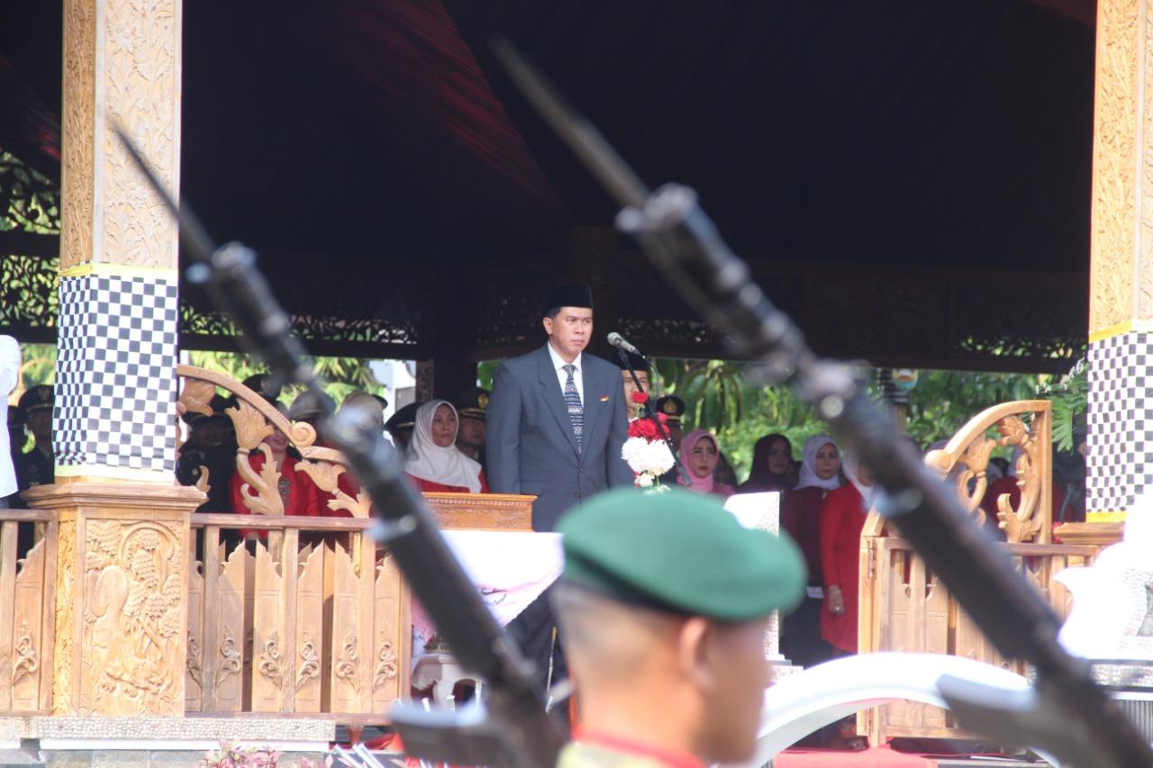 Mengenang Kemerdekaan RI ke-73, PJ Bupati Purwakarta Pimpin Upacara 17 Agustus