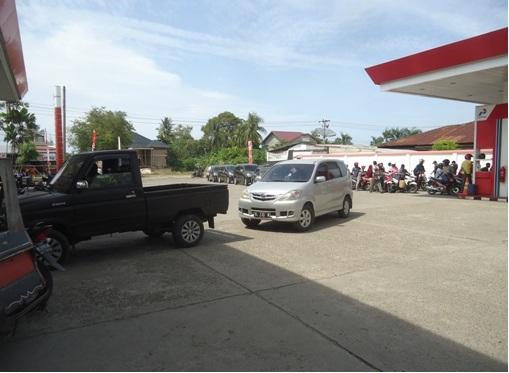 Usut Kelangkaan BBM Jenis Premium di Aceh Utara!