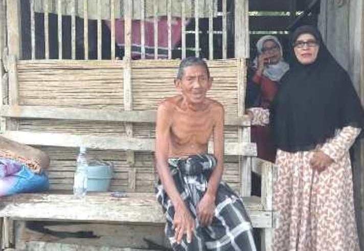 30 Tahun Tinggal di Gubuk Reot, Kake Yakob Dapat Rumah Baru