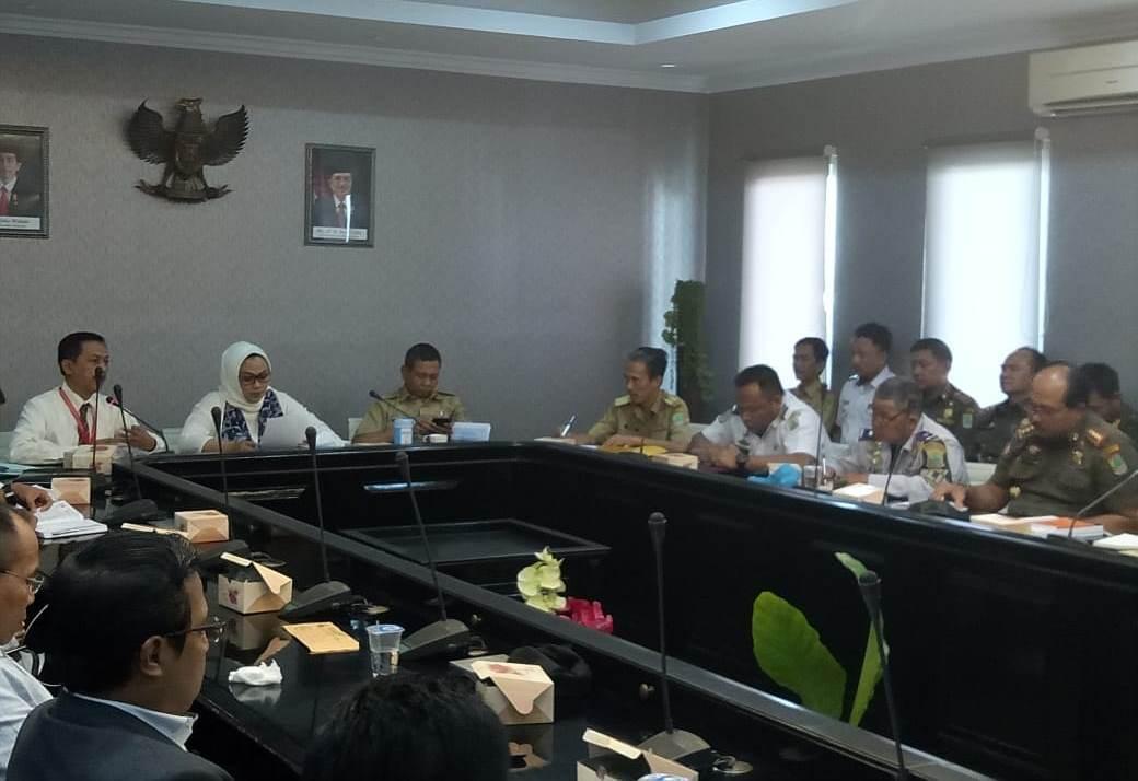 Bupati Cellica Penuhi Janji, Izin PT. Atlasindo Dibekukan