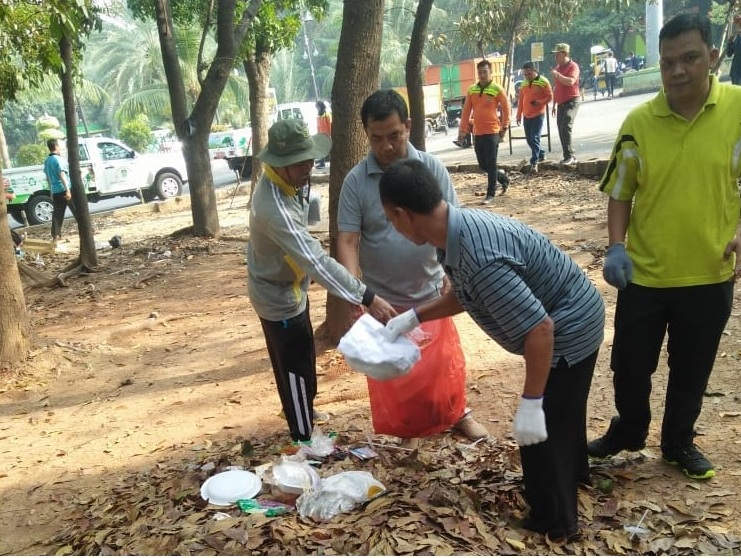Semangat ASN Kota Bekasi Warnai Aksi World Cleanup Day