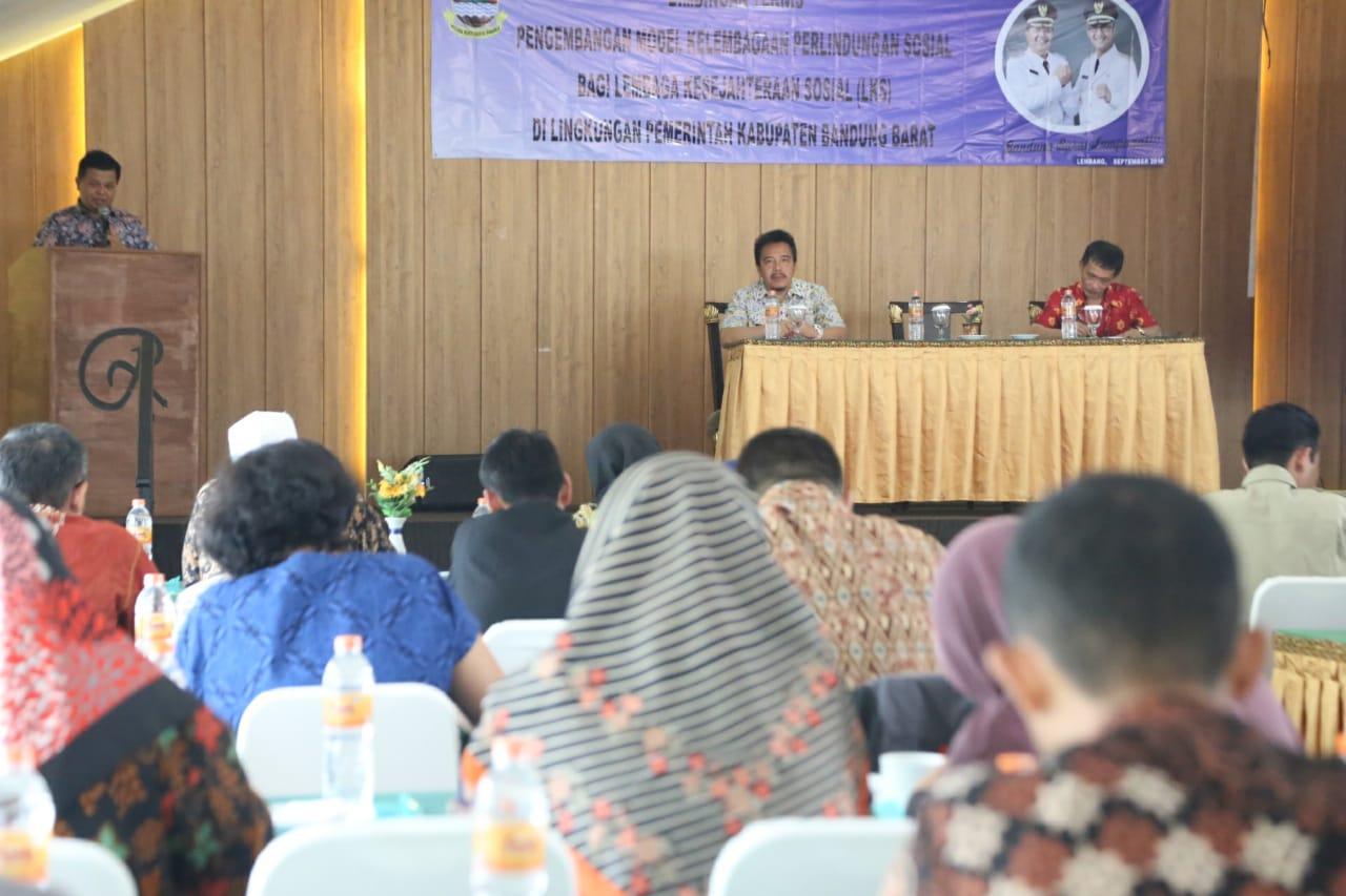 Bupati Dorong Seluruh LKS di Bandung Barat Terakreditasi