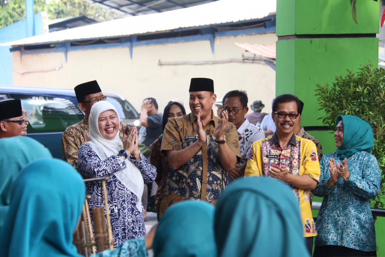 Hadiri Monev PKK, Tri Berharap Kelurahan Kayuringin Jaya Jadi yang Terbaik di Jawa Barat
