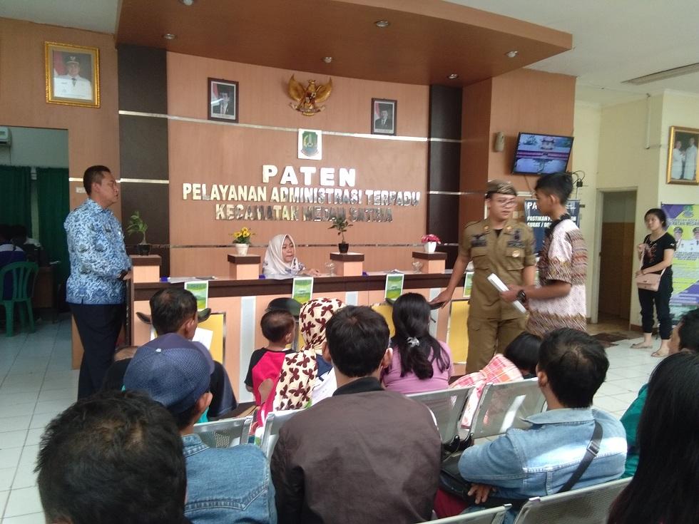 Warga Sambut Baik Penambahan Jam Pelayanan di Kecamatan pada Hari Libur