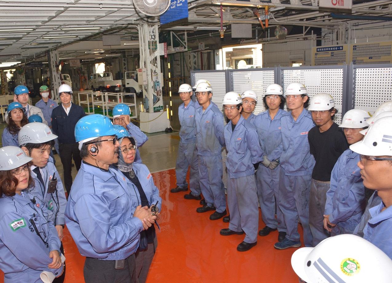 Pemerintah Jepang Buka Kesempatan Kerja dan Pemagang