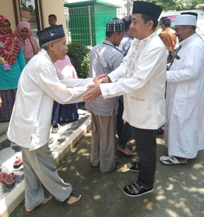 Tenang Jaya Sejahtera Group Berangkatkan Puluhan Karyawan dan Masyarakat Ibadah Umroh