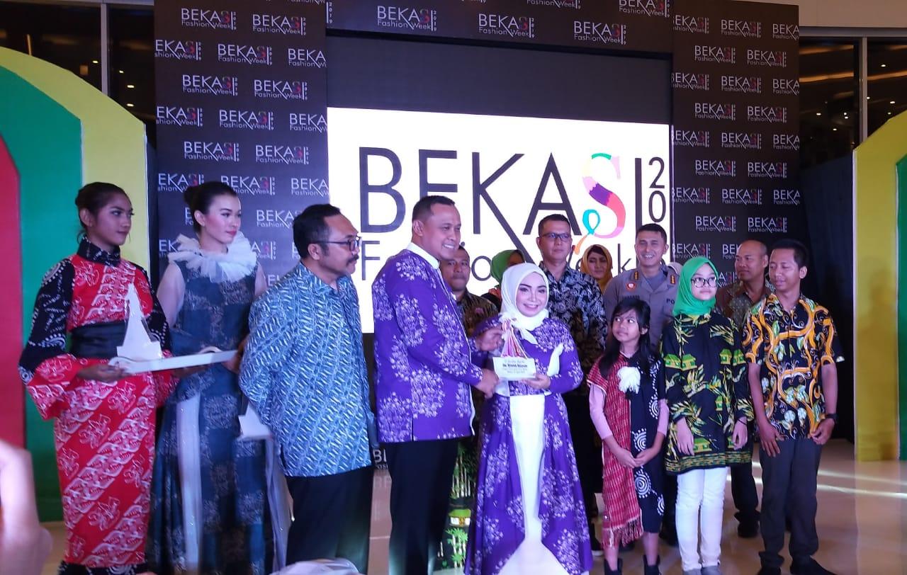 Wakil Walikota Bekasi Berharap Melalui Bekasi Fashion Week Pertumbuhan Ekonomi Semakin Pesat