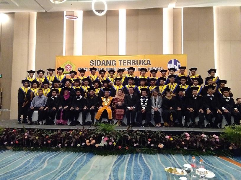 Market STT Bina Tunggal Bekasi 95 Persen Mahasiswa Profesional Tingkatkan Karir