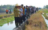 Wakil Bupati Karawang Berikan Solusi Permasalahan Pertanian di Kecamatan Majalaya
