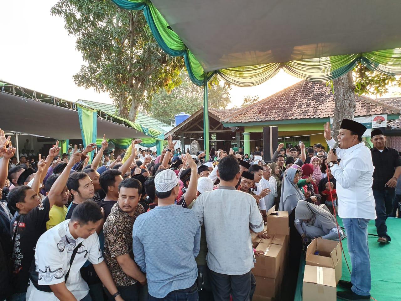 Ribuan Relawan Kang Jimmy Banjiri Ponpes Attarbiyyah