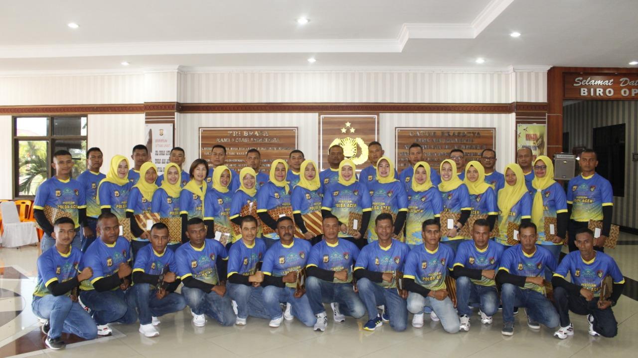 Polda Aceh Lepas Tim Penyelam Wanita Untuk Pecahkan Rekor Selam di Manado