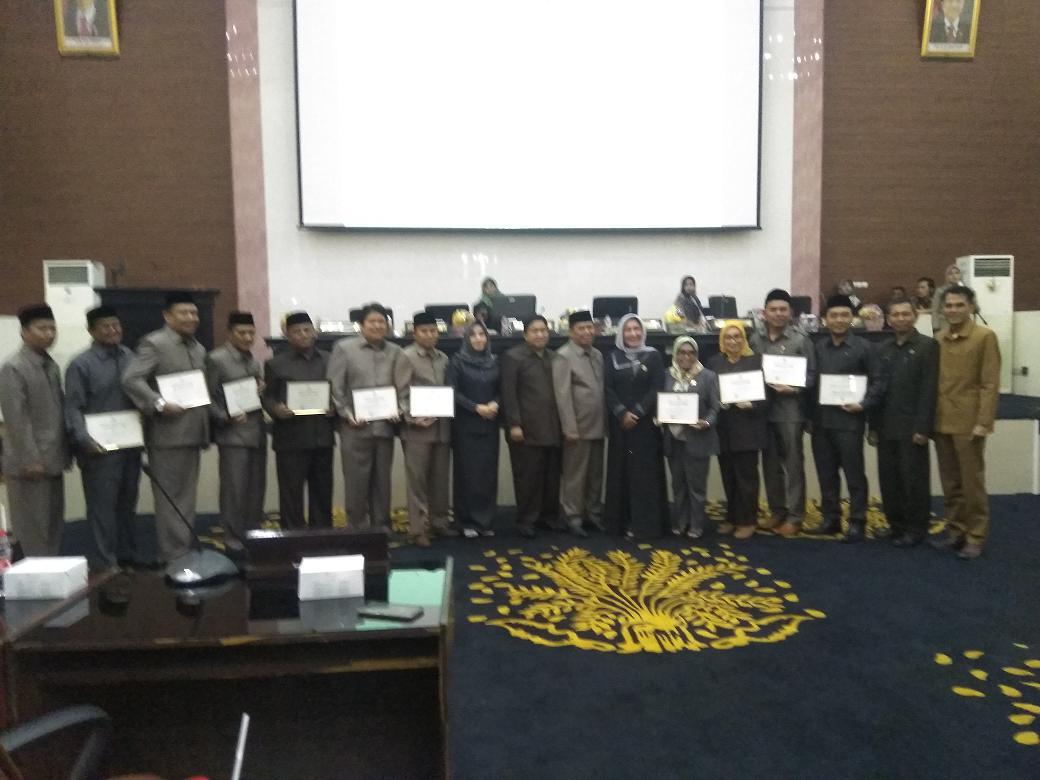 Penghargaan Diakhir Masa Jabatan DPRD