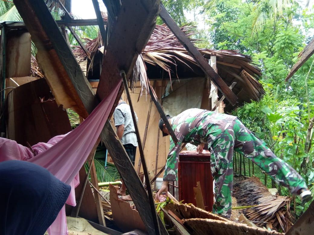 Delapan Rumah Rusak Parah di Lima Kecamatan Akibat Diterjang Angin Puting Beliung