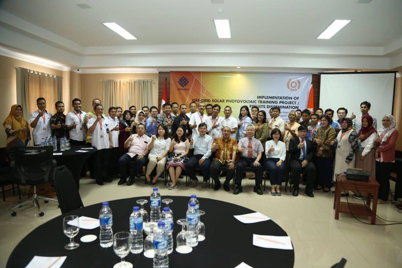 Kemnaker Kembangkan Pelatihan Teknisi Energi Surya dengan Menggandeng Tatung University