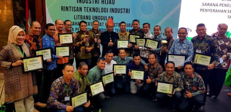 Berhasil Menjalankan Efektivitas dan Efisiensi, 15 Pabrik Danone-AQUA Raih Penghargaan Industri Hijau 2019