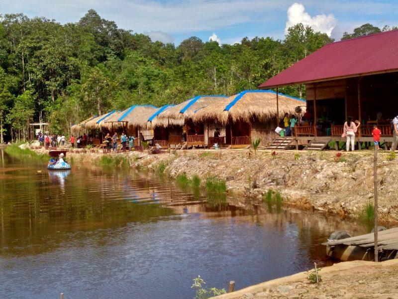 Taman Kelempiau Wisata Alam Terbuka Menarik di Semadak