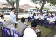 Warga Desa Bengle Curhat ke Wakil Bupati Karawang