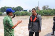 Wakil Walikota Bekasi Pantau Debit Air Kali Bekasi Bendungan Prisdo