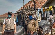 Kunjungi Korban Banjir Rob di Karawang, Syaikhu : Pemda Harus Relokasi Warga