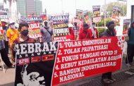 "Bantuan Pupuk Subsidi ke Cibuaya ""Dipolitisir"" Bupati Cellica"